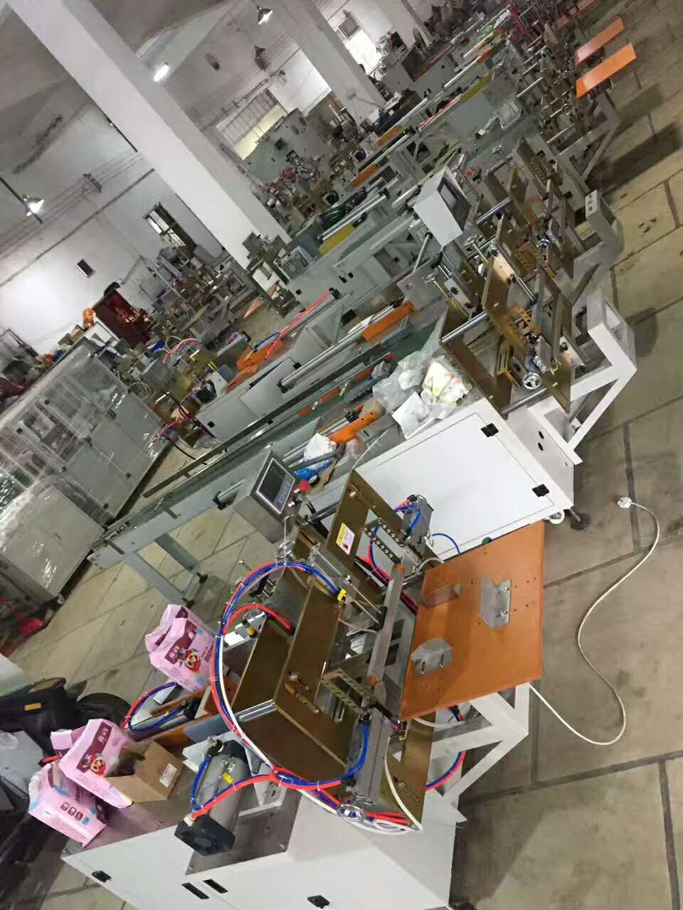 Automated Tissue Paper Packing Machines